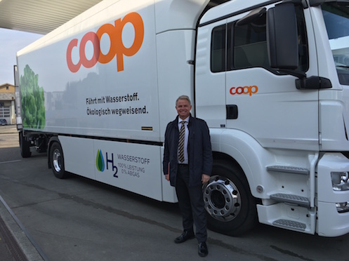 Switzerland's First Distribution Truck with Fuel Cell Technology